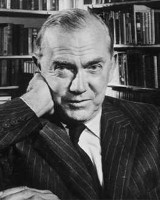 Graham Greene Image 7